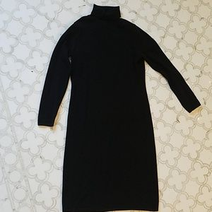 100% cashmere size S Neiman Marcus sweater dress